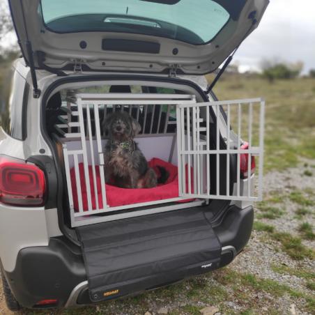 Citroën C4 Aircross équipée d'une caisse de transport Large Confort + pour chien