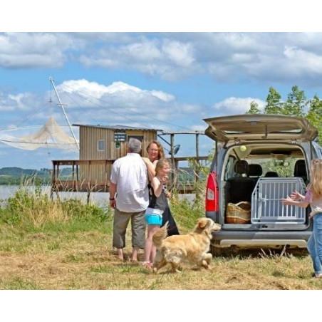 DIBARO LARGE - Caisse de transport pour partir en vacances en famille avec son chien Golden Retriever