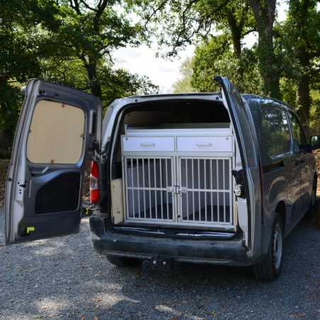 Peugeot Partner équipé avec 1 caisse de transport double et 2 tiroirs - Braveur®